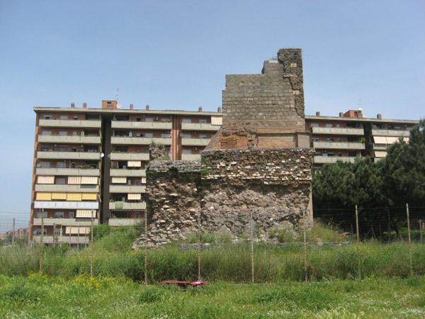 Torre Spaccata, l'originale
